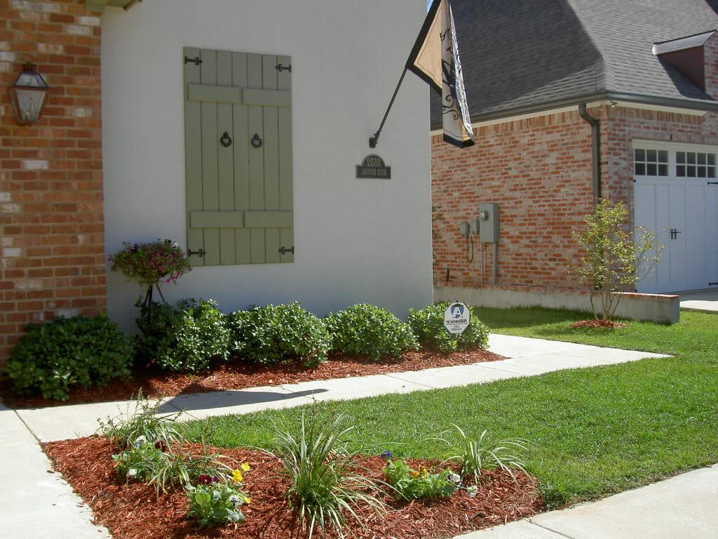 Front Yard Landscaping Ideas For Brick House