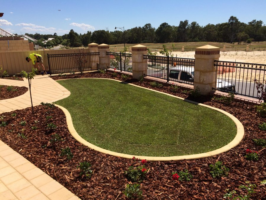 Outstanding Front Yard Landscaping Ideas