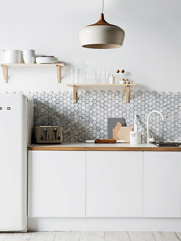 beehive-backsplash-wall