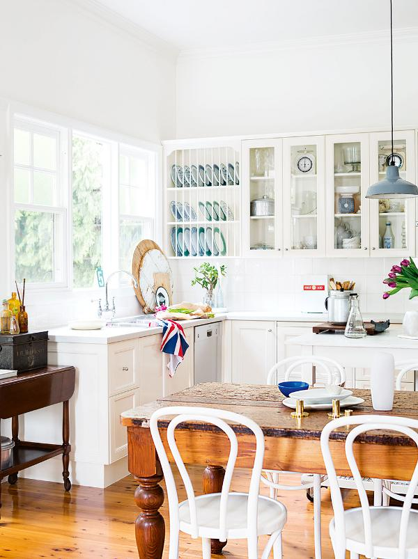 sweet-country-home-kitchen