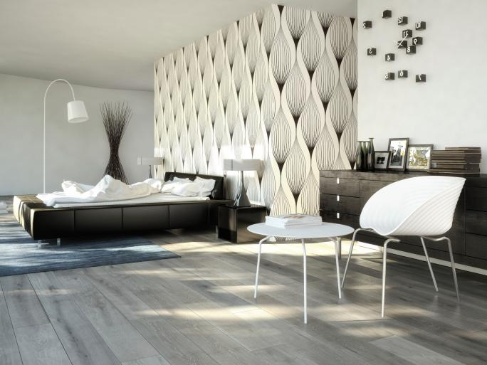 bedroom-with-very-light-wood-flooring