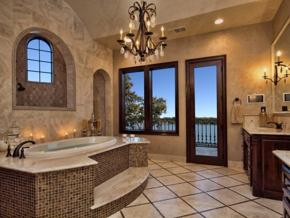 Mediterranean-Style Bathroom Design