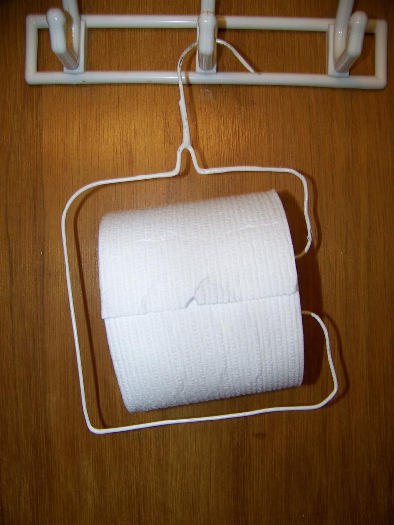 Clothes-Hanger-Toilet-Paper-Holder