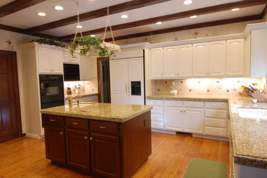 Custom Kitchen Cabinet Refacing
