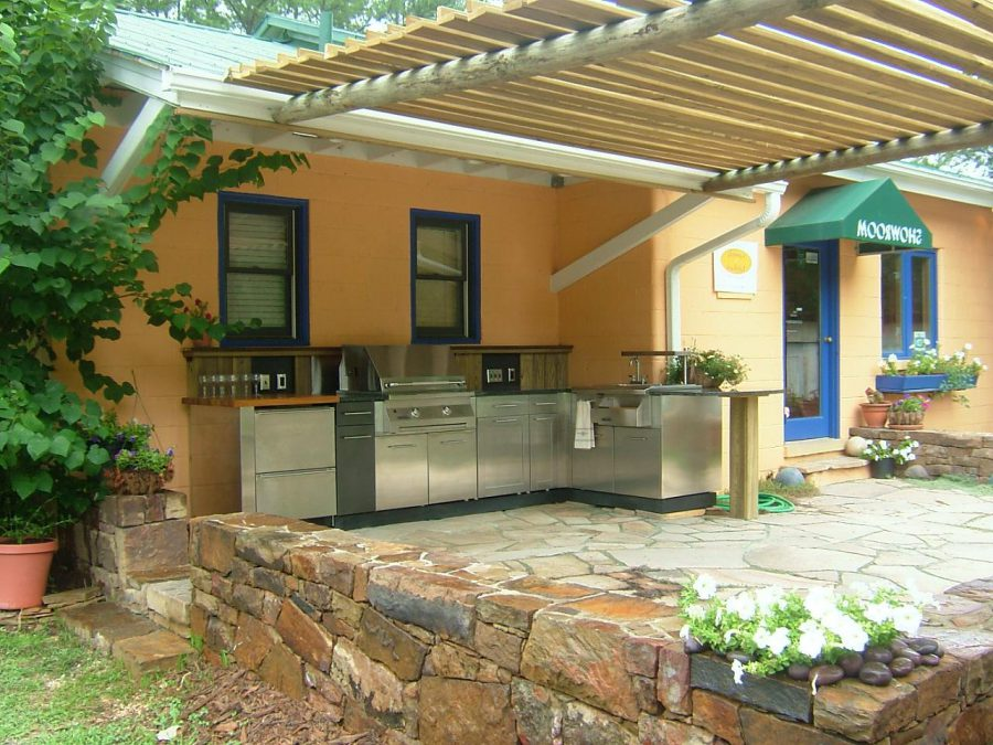 Outdoor Gourmet With Steel Kitchen Counter and Drawers
