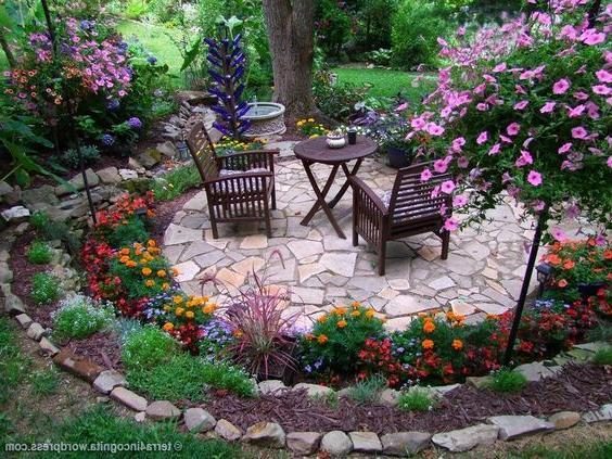 bright-patio-design-ideas