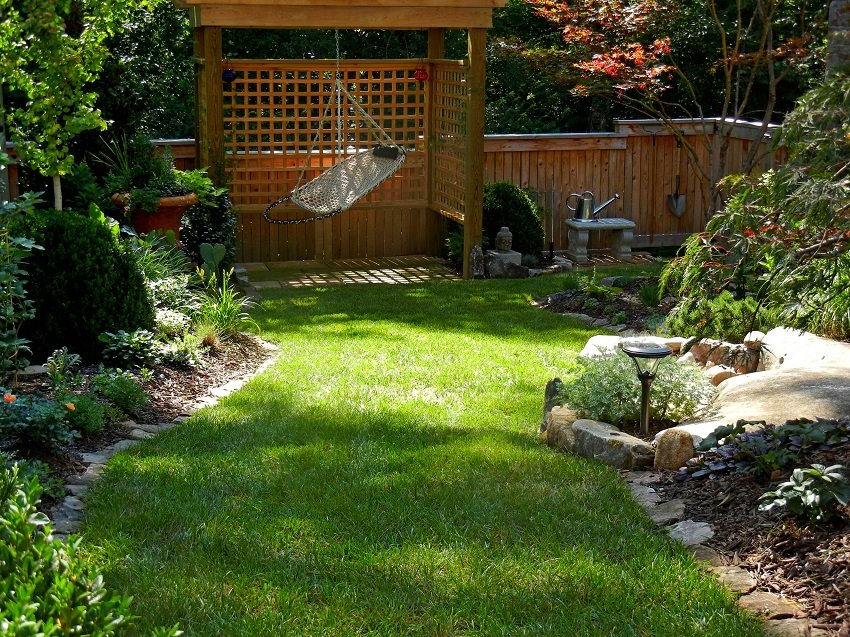 Elements to Add Style In Cottage Garden