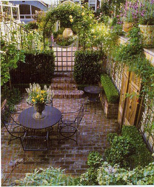fairytale-effect-patio-design