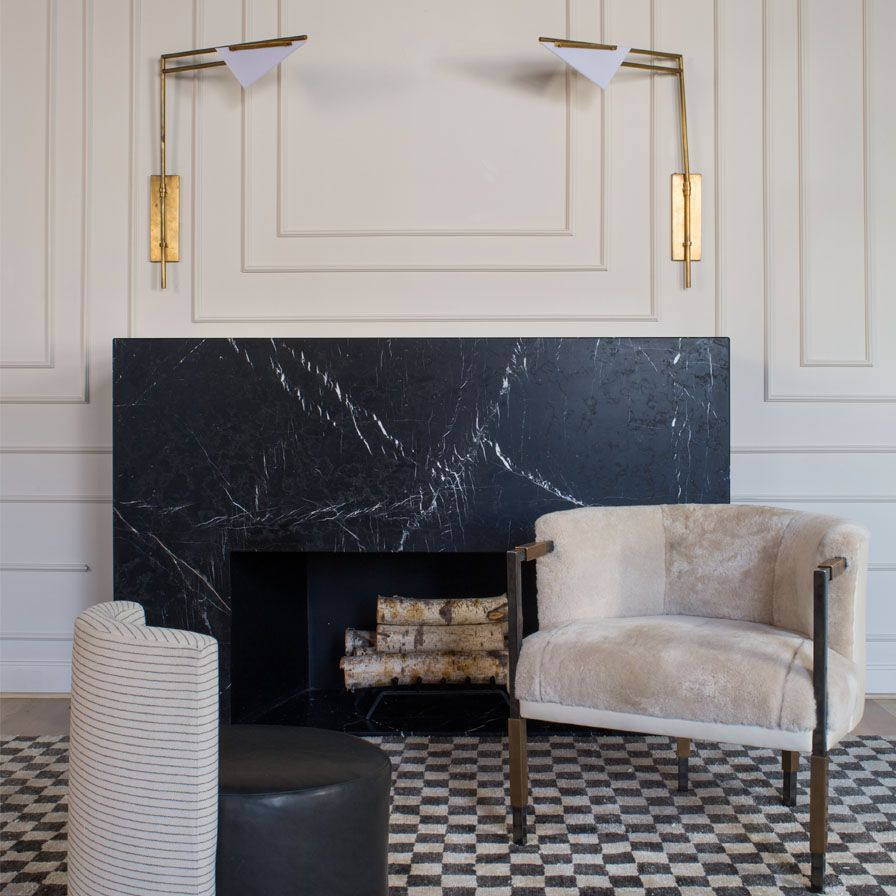 Monochrome-Fireplace