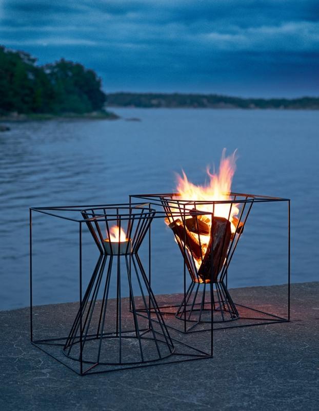 The Steel Bar Fireplace Design
