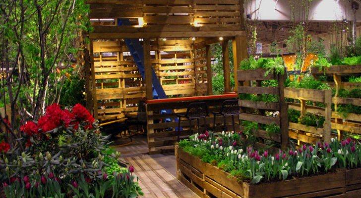 Wooden Pallet Decor Idea