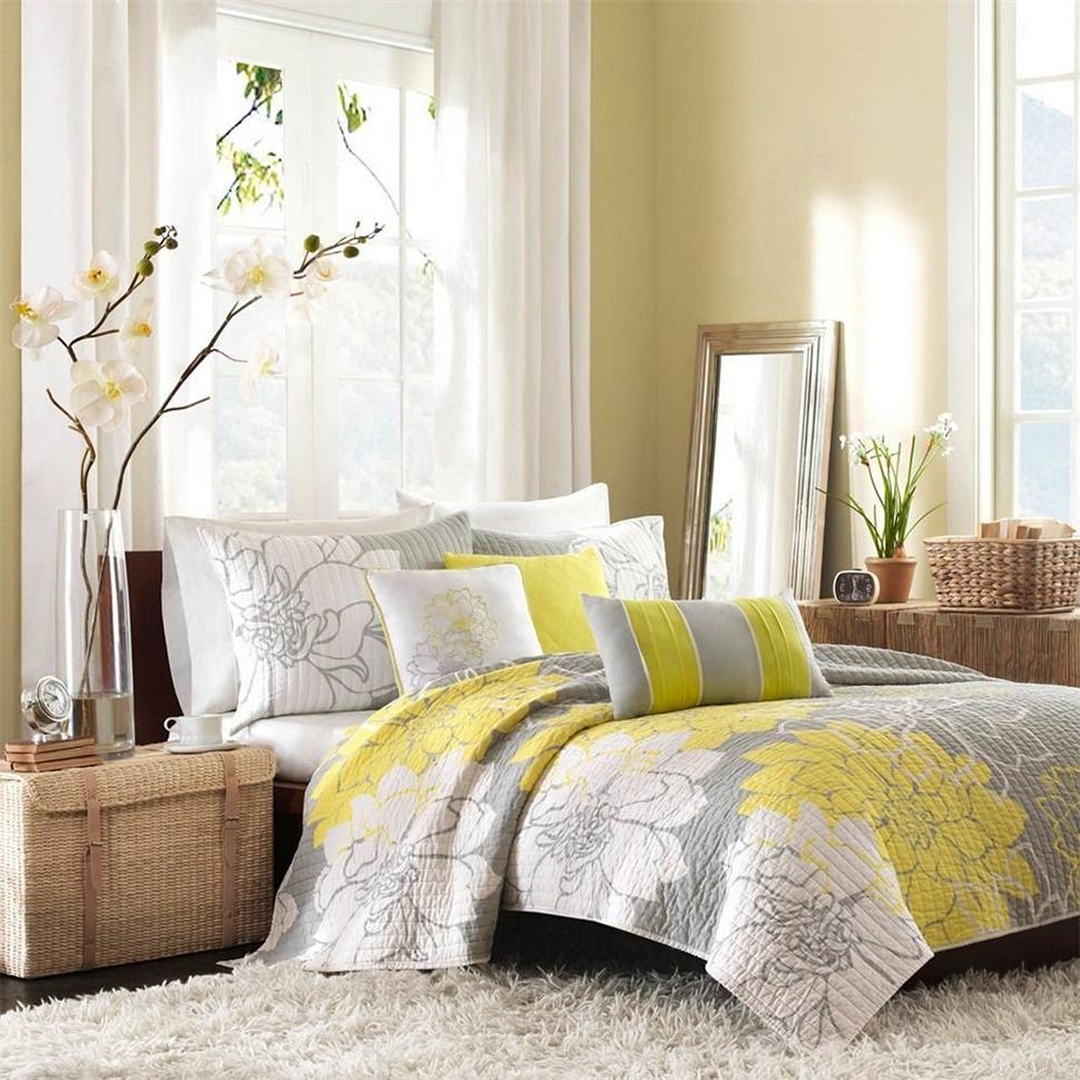 yellow curtains for bedroom 30 best vintage bedroom decor ideas interiorsherpa 17901