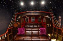 Retro Home Cinema Room Design