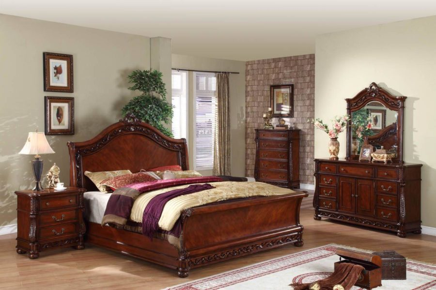 Antique Bedroom Furniture.