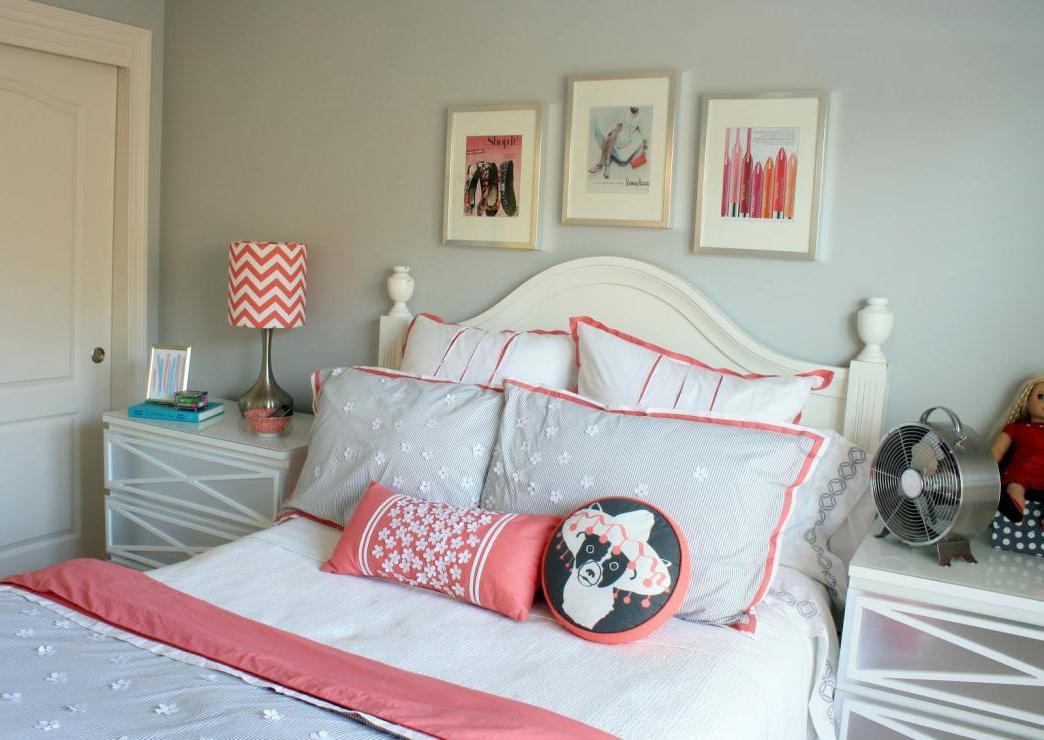 Grey and Coral Bedroom Design Ideas