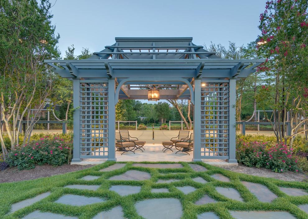Mix of Asian and modern style gazebo