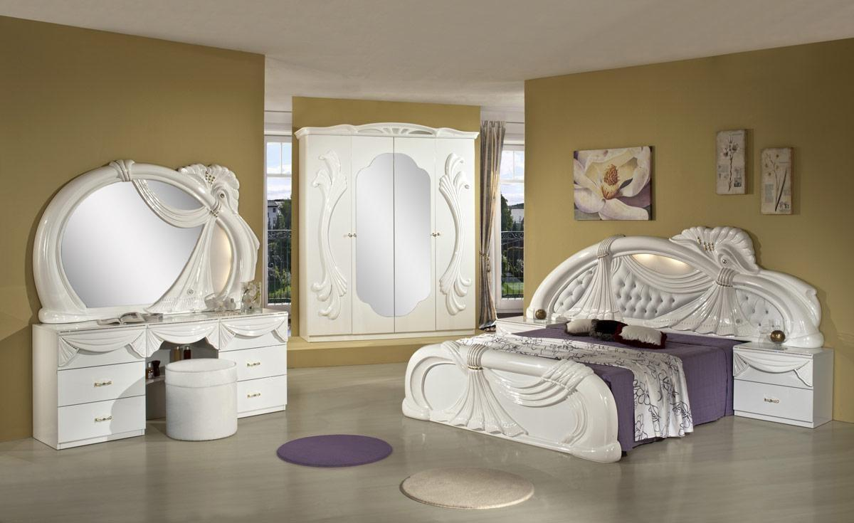 Queen Bedroom Furniture.