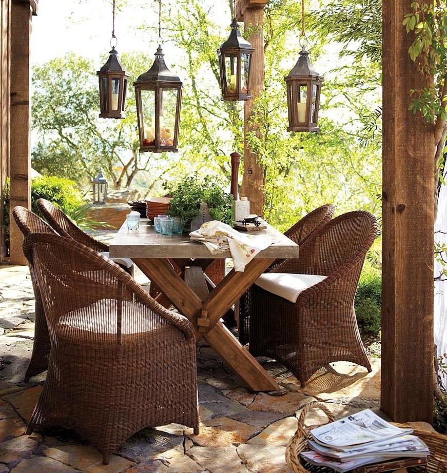 Rustic Wicker Outdoor Furniture
