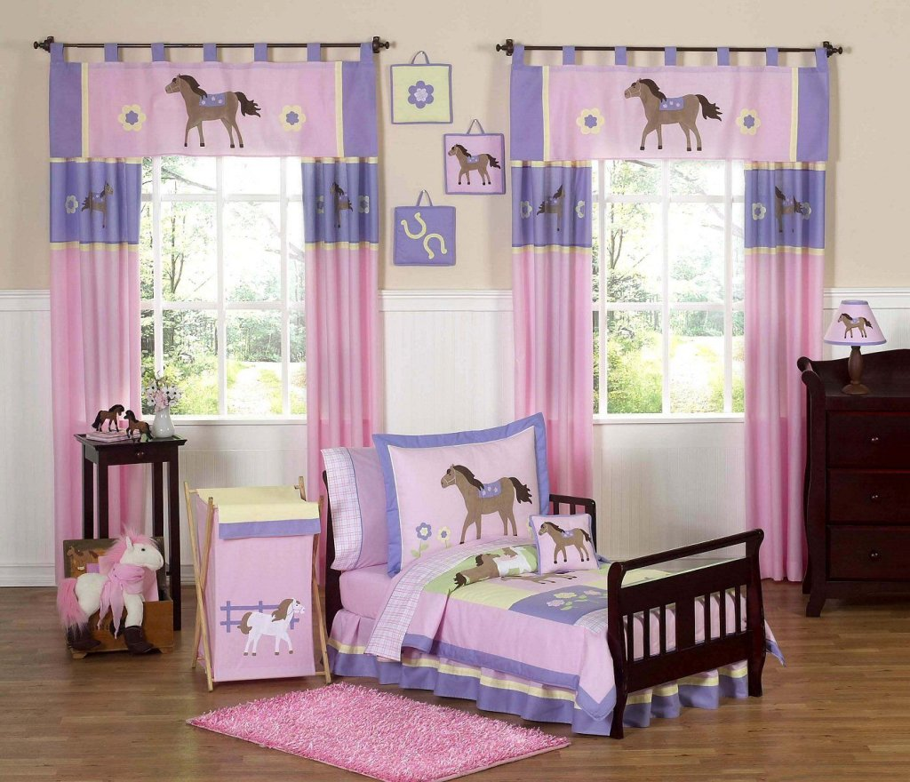 Toddler Bedroom Curtains.