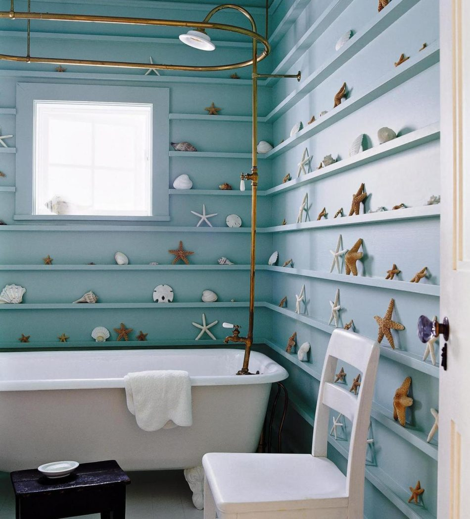 simple rustic beach inspired bathroom decoration