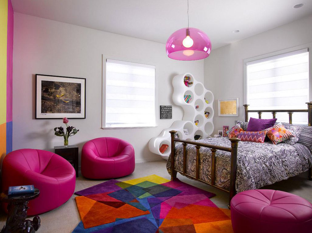 colorful room ideas with pink sofa