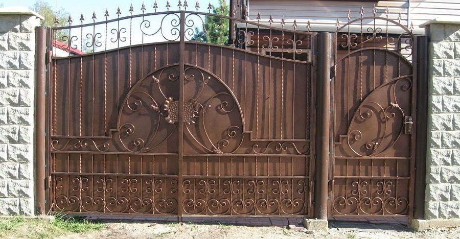 unique pattern forged gates