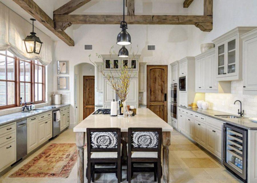 white wood farmhouse kitchen decoration