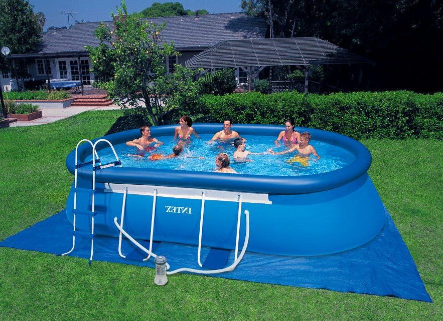 Inflatable pool of PVC film