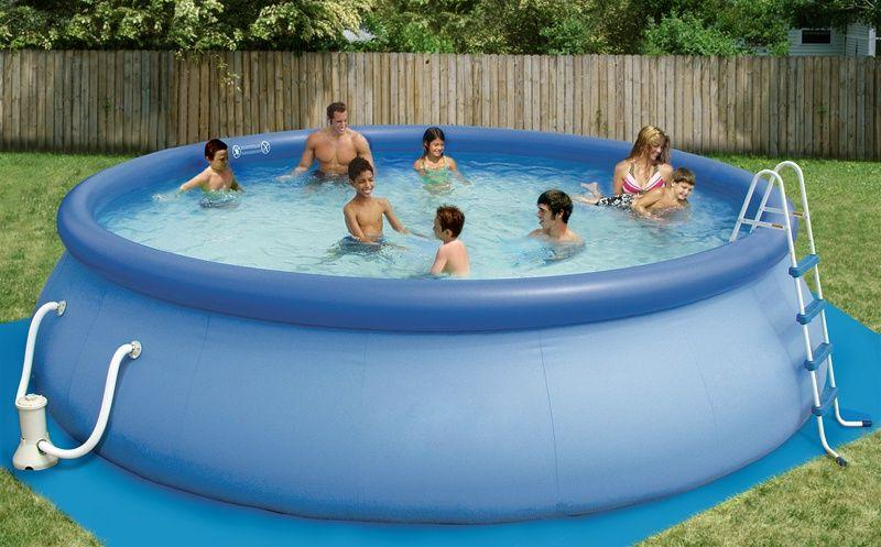 Swimming pool with inflatable upper ring