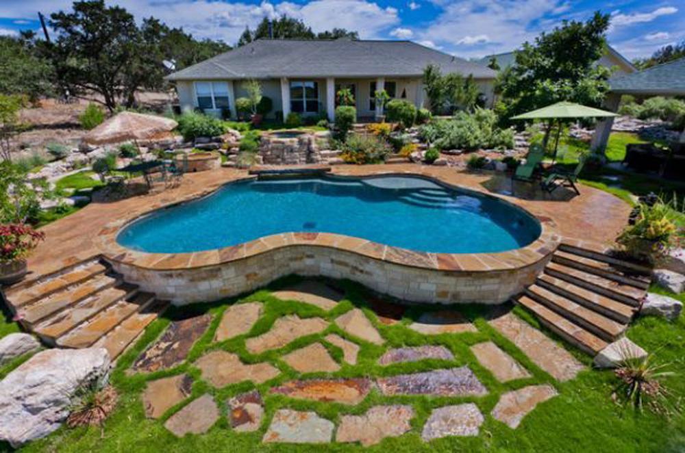 contemporary backyard pool design