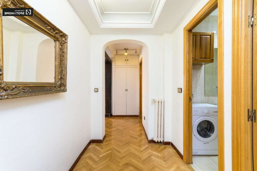 Built In Wardrobes For Narrow Space