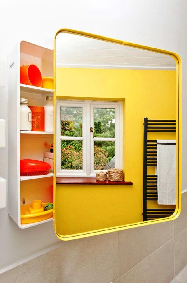 Ergonomic structure, spaciousness of shelves