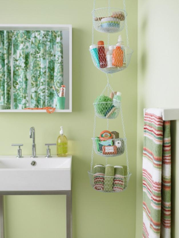 Inexpensive hanging storage idea for bathroom
