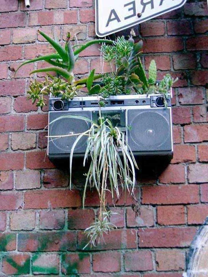 Unique DIY Planter Idea