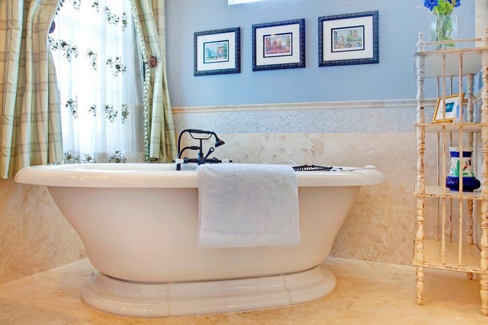 Classic style bath