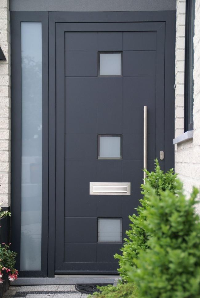 Entrance steel doors