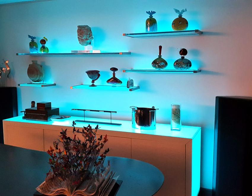 Led Light Glass Shelving For Living Area
