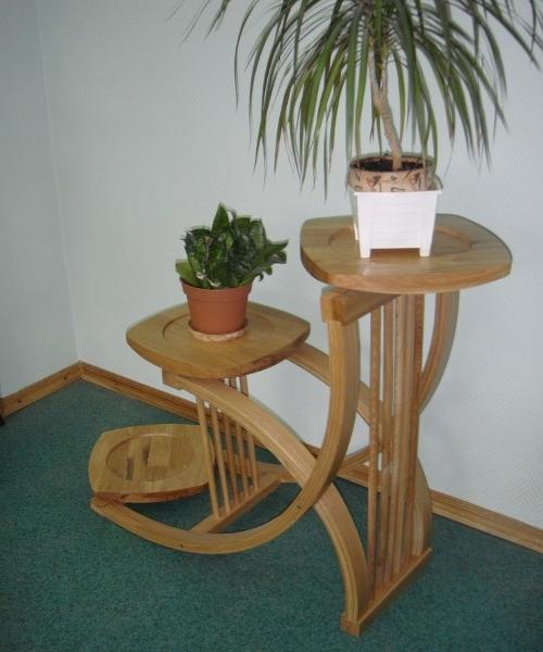 round wooden plant stands