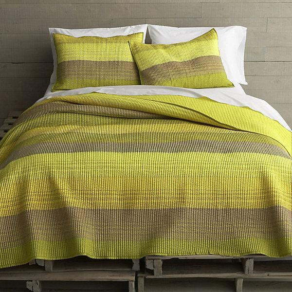 Yellow green striped bedding design