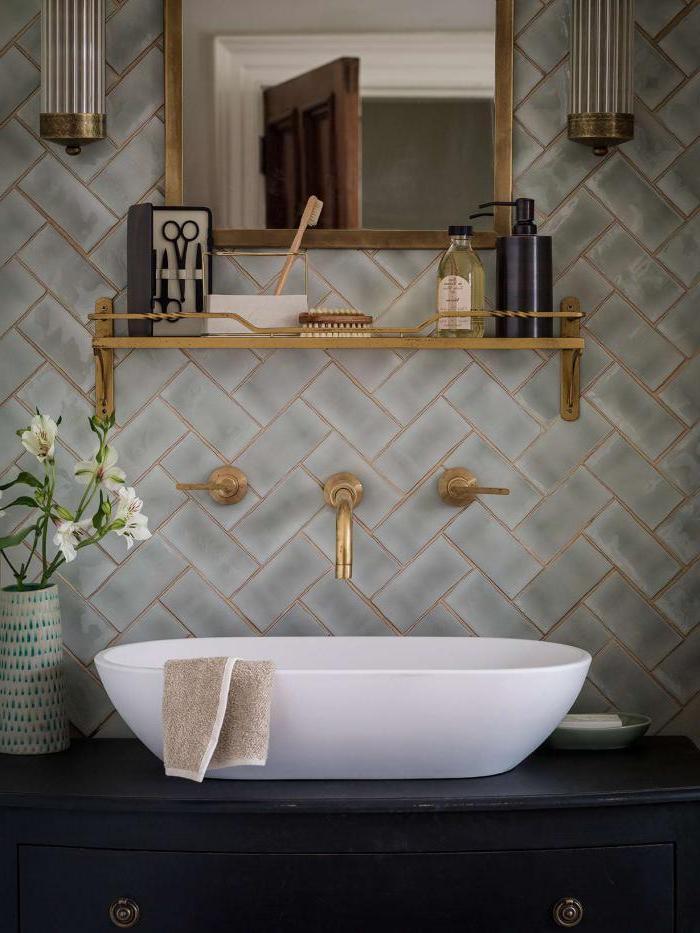 white bathroom vanity with farmhouse sink