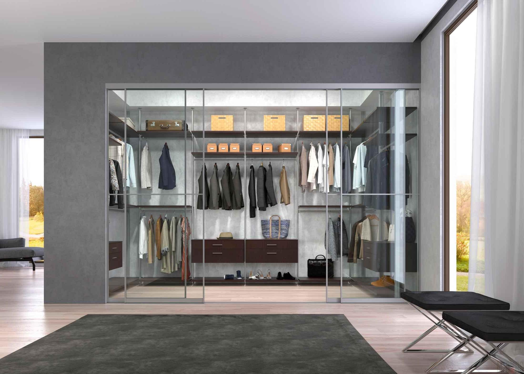 Spacious multi-purpose dressing room design