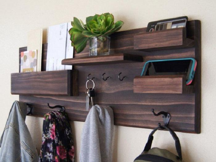 dark wood entryway hanging storage ideas