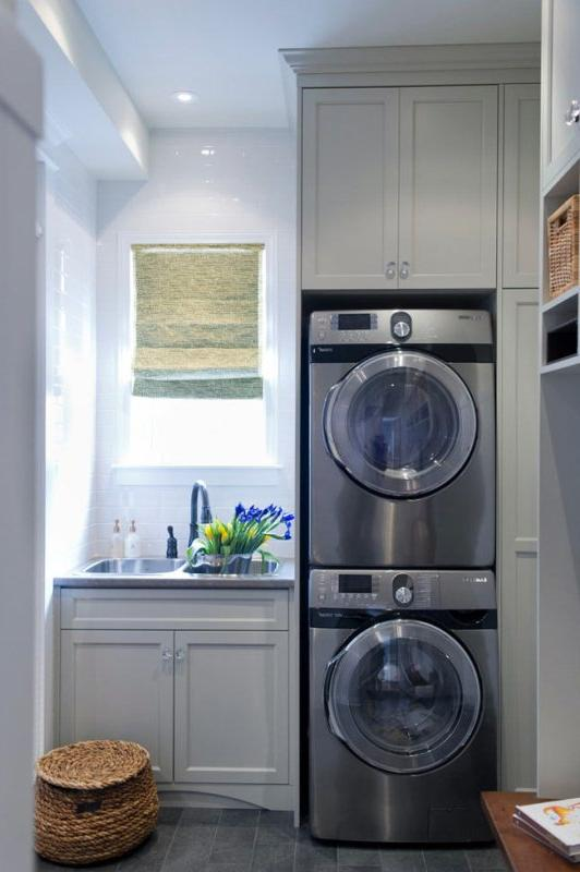laundry room with sink and window