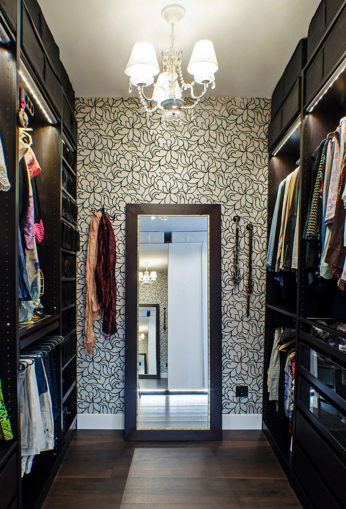 walk in wardrobe for small rooms