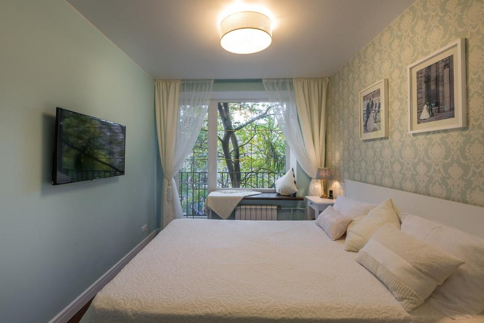 Nuances for a small bedroom