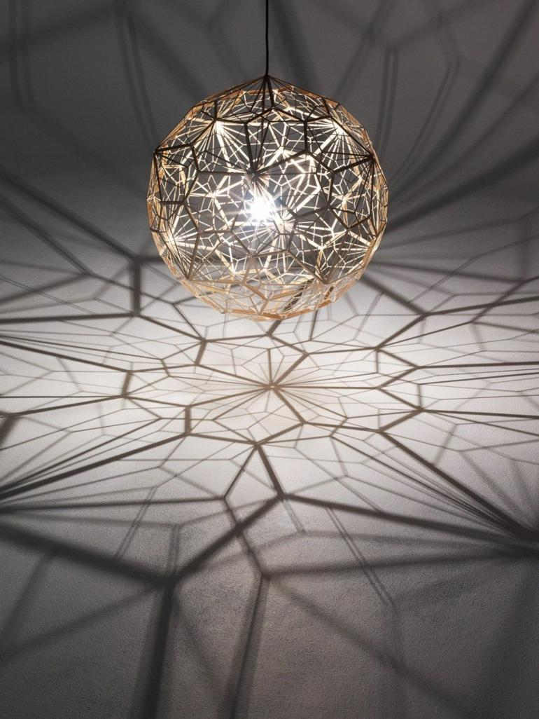 Pendant lamp with geometric shapes