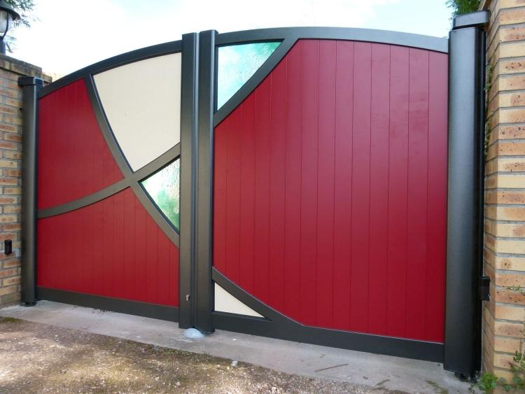 metal gates with glass inserts