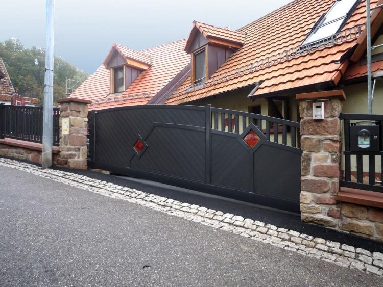 unusual gate design
