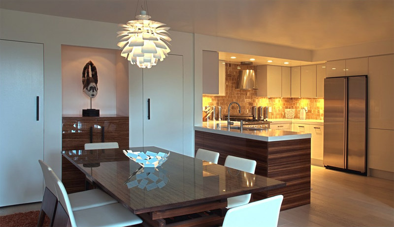 Chandeliers and lamps for the dining area of ​​the kitchen