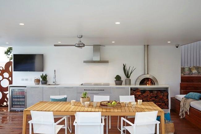 Fine kitchen with BBQ